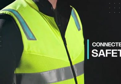 (VIDEO) Special vest boosts safety of truck drivers