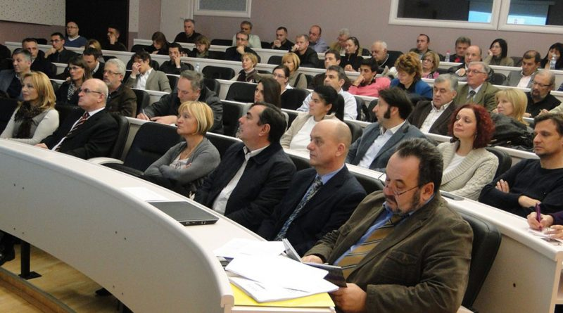 Sastanak poslovne kontakt grupe