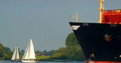 Srbija i Rusija potpisale memorandum o saradnji u oblasti trgovačke brodogradnje