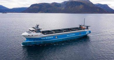Prvi kontejnerski brod na električni pogon – Yara Birkeland menja 40.000 transporta kamionima (FOTO)