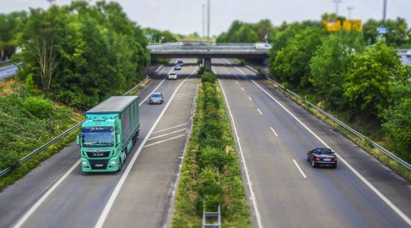 """Faster deliveries and """"sleeping at home every night"""" – Trucksters continues expansion in Europe"""