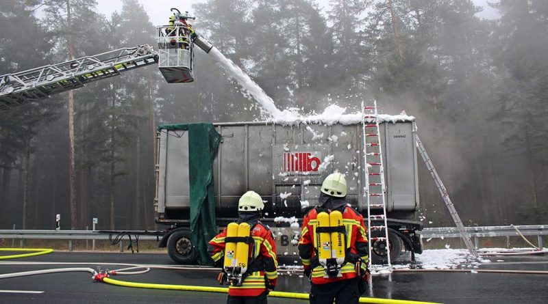 Dutch police issue almost €38,000 of fines to motorists who filmed burning truck